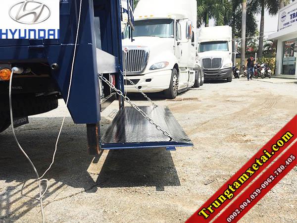 Đóng thùng bửng nâng xe tải HYUNDAI HD99 6T5 Đô Thành-trungtamxetai.com