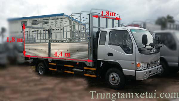 Thùng xe tải jac 2t4-trungtamxetai.com