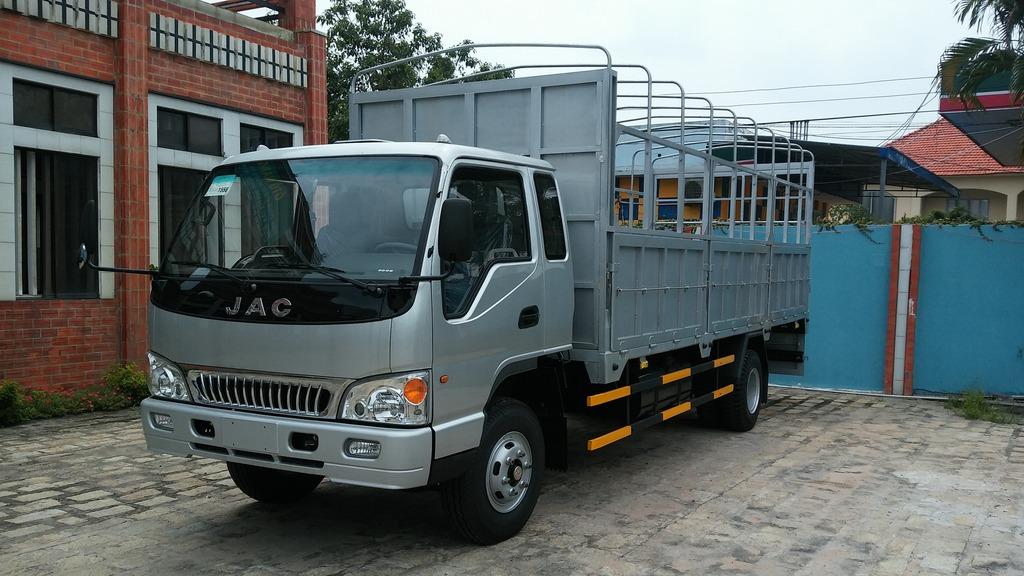 Xe tải JAC 6t4-trungtamxetai.com