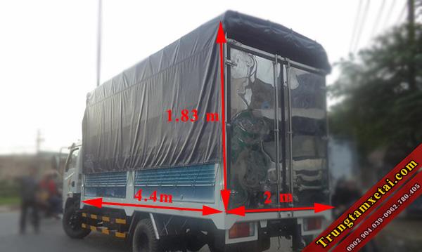 Thùng xe Veam VT200-trungtamxetai.com