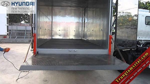 Thùng bửng nâng xe tải Veam VT340S