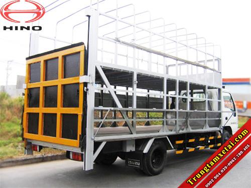 Xe tải chở xe máy Hino có bửng nâng 2 tầng