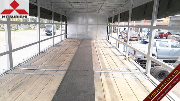 Sàn thùng xe tải chở xe máy bằng gỗ-trungtamxetai.com