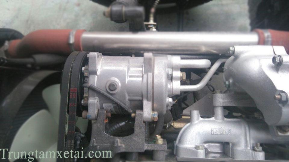 Máy-lạnh-xe-tải-jac-hfc1025K1-2t45-trungtamxetai.com